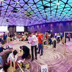 uczestnicy zabawy indoor w hotelu