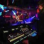koncert rockowy w warszawski klubie