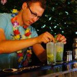 barman na pikniku hawajskim