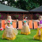 tancerki na pikniku hawajskim