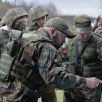 integracja pod warszawą w stylu militarnym